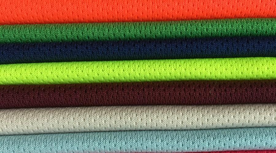Vải gai mịn, chất liệu cho khả năng co giãn 4 chiều