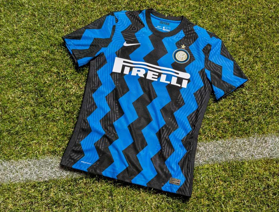 Vị trí thứ 5 của những chiếc áo bóng đá đẹp nhất thuộc về Inter Milan